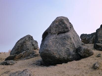 動物奇岩_e0077899_8273855.jpg