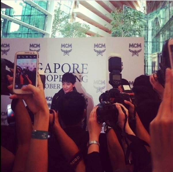 Rain シンガポール MCMイベントに登場_c0047605_21382182.jpg
