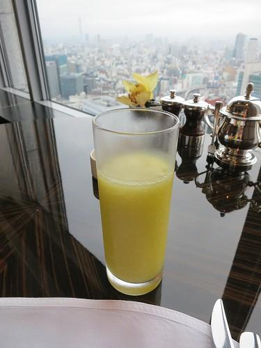 9月 シャングリ・ラ東京 クラブラウンジで朝食そしてチェックアウト_a0055835_1529963.jpg