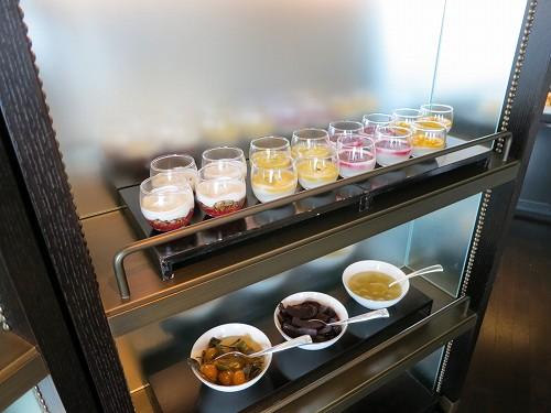 9月 シャングリ・ラ東京 クラブラウンジで朝食そしてチェックアウト_a0055835_15314444.jpg