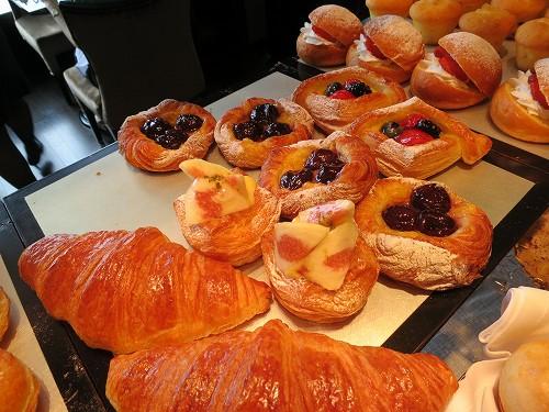 9月 シャングリ・ラ東京 クラブラウンジで朝食そしてチェックアウト_a0055835_153245.jpg