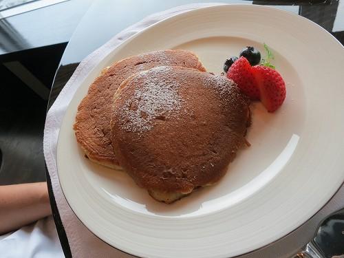 9月 シャングリ・ラ東京 クラブラウンジで朝食そしてチェックアウト_a0055835_1543491.jpg