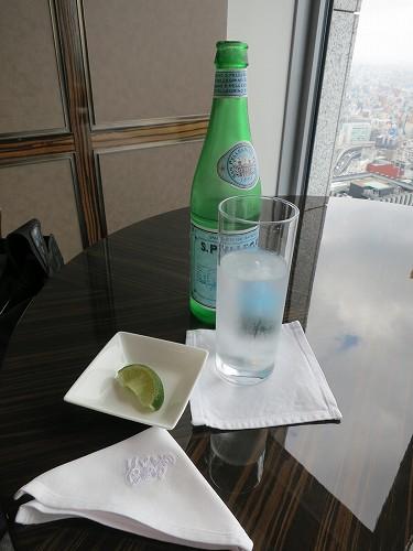 9月 シャングリ・ラ東京 クラブラウンジで朝食そしてチェックアウト_a0055835_1642757.jpg
