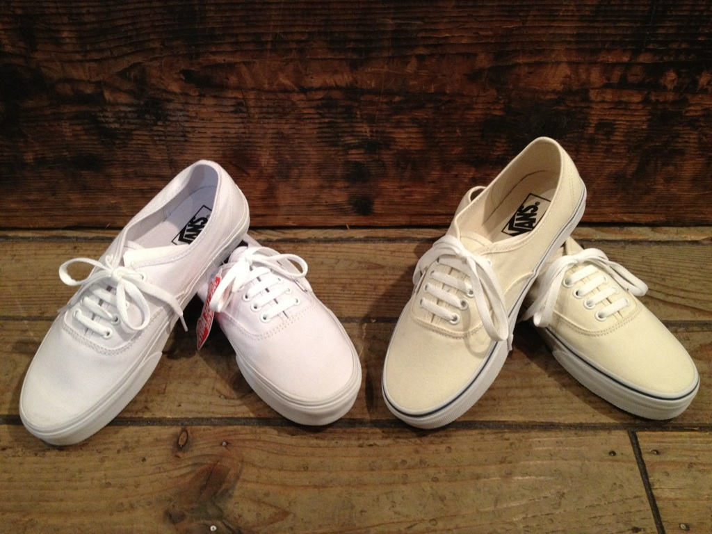 "VANS ""Authentic&Slip-on\""_b0121563_1836233.jpg"
