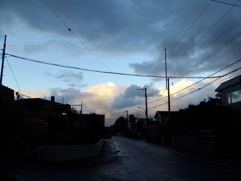 くもりのち晴れのち雨時々止む_c0025115_20573313.jpg