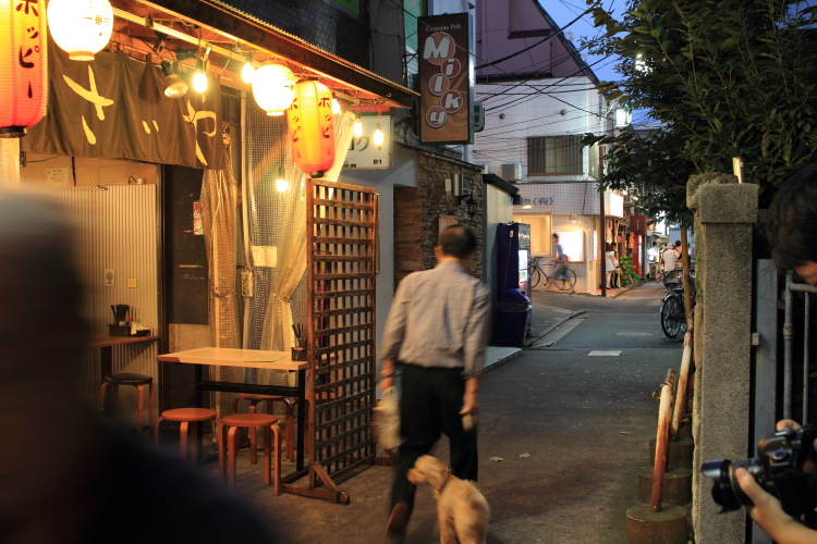 新宿  夕暮れ時の中野まで_b0061717_21484257.jpg