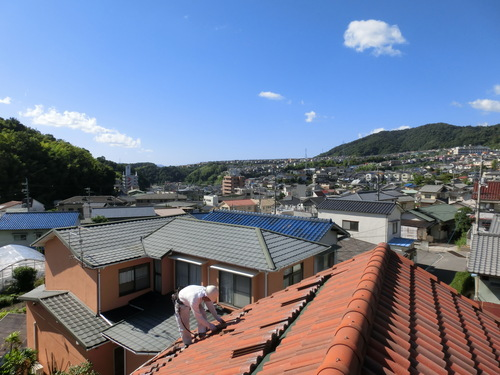 O様邸(西区己斐上)太陽光発電システム工事_d0125228_2044445.jpg