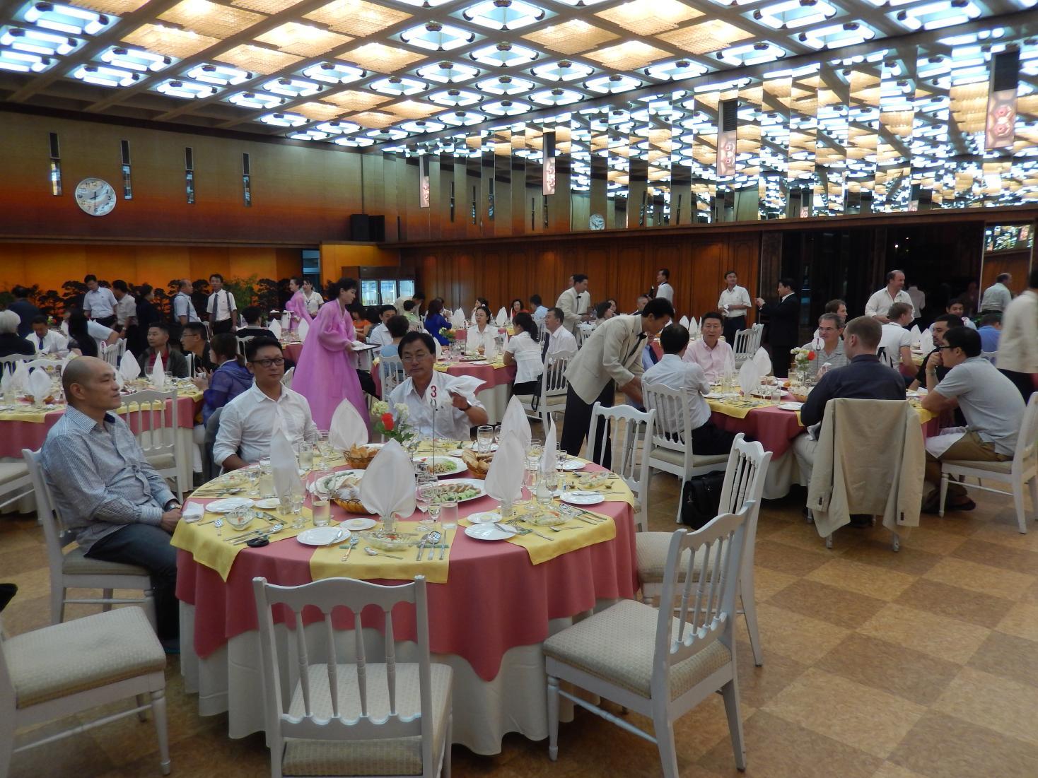 2013年版 北朝鮮のグルメ~5泊6日食事14回のすべて【前編】_b0235153_22433556.jpg