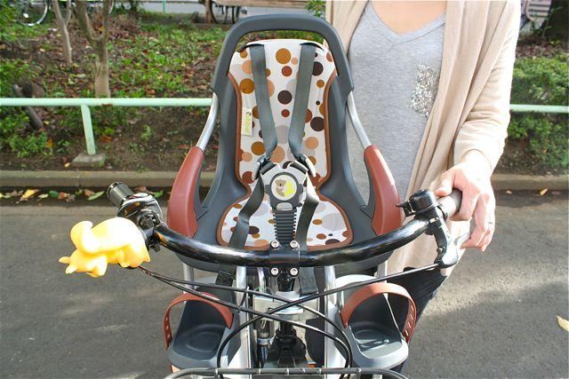 チャイルドシート『Qibbelキュベル』おしゃれ ママ 自転車 ヨーロッパ_b0212032_21193425.jpg
