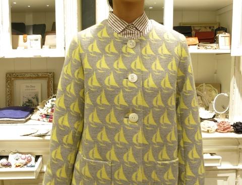ヨット柄のウールスカートで、暖かくね。_c0227633_18541184.jpg
