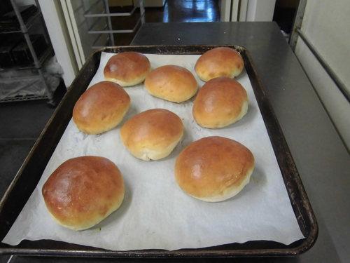 オーダーメイドのパンも作ります_c0172969_169618.jpg