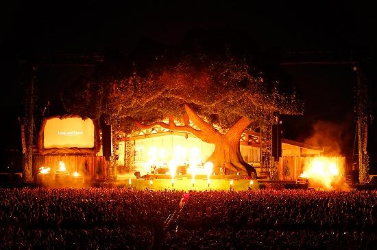 SEKAI NO OWARI、6万人集めた『炎と森のカーニバル』で4月からのアリーナツアー開催を発表_e0197970_20503139.jpg