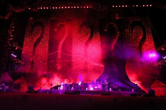 SEKAI NO OWARI、6万人集めた『炎と森のカーニバル』で4月からのアリーナツアー開催を発表_e0197970_2051116.jpg