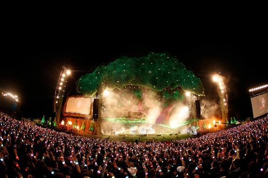 SEKAI NO OWARI、6万人集めた『炎と森のカーニバル』で4月からのアリーナツアー開催を発表_e0197970_20512199.jpg