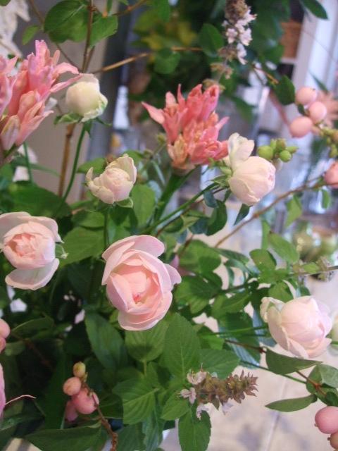オークリーフ花の教室(中山さんの作品)_f0049672_1814037.jpg
