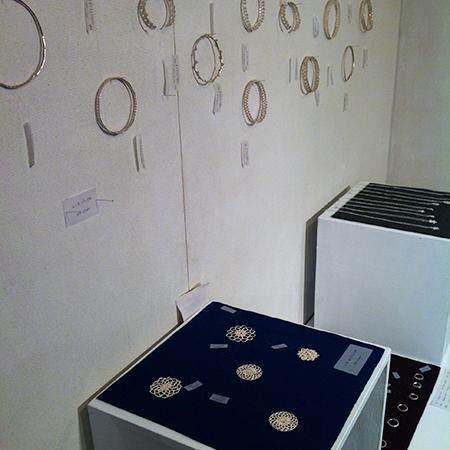 a present jewelry展_a0089420_11162536.jpg