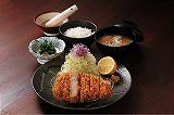 地元のとんかつ店「かつ太郎」さんで食べられるようになりました_b0166530_154680.jpg
