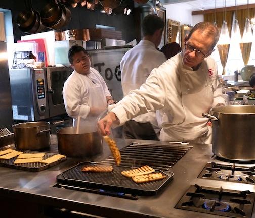 石川県の食材を使って有名シェフのマイケル・ロマーノが独創的なレシピを披露!_c0050387_12311850.jpg
