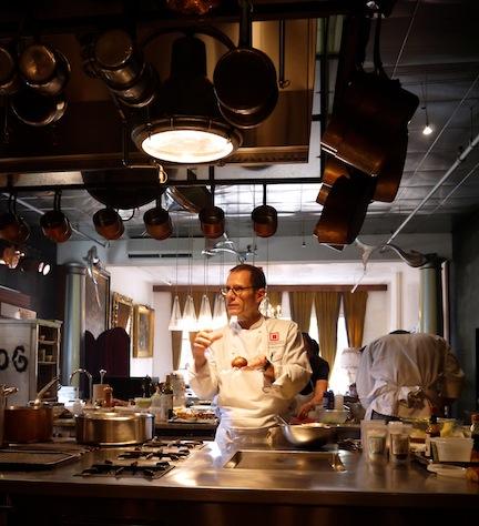 石川県の食材を使って有名シェフのマイケル・ロマーノが独創的なレシピを披露!_c0050387_12324382.jpg