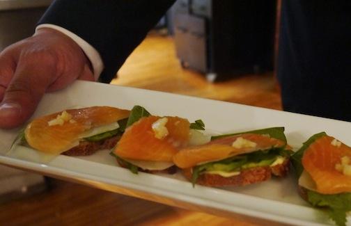 石川県の食材を使って有名シェフのマイケル・ロマーノが独創的なレシピを披露!_c0050387_12362217.jpg