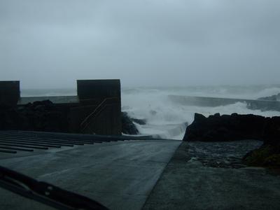 台風26号、久々に強烈でした〜@八丈島_b0189640_10402227.jpg