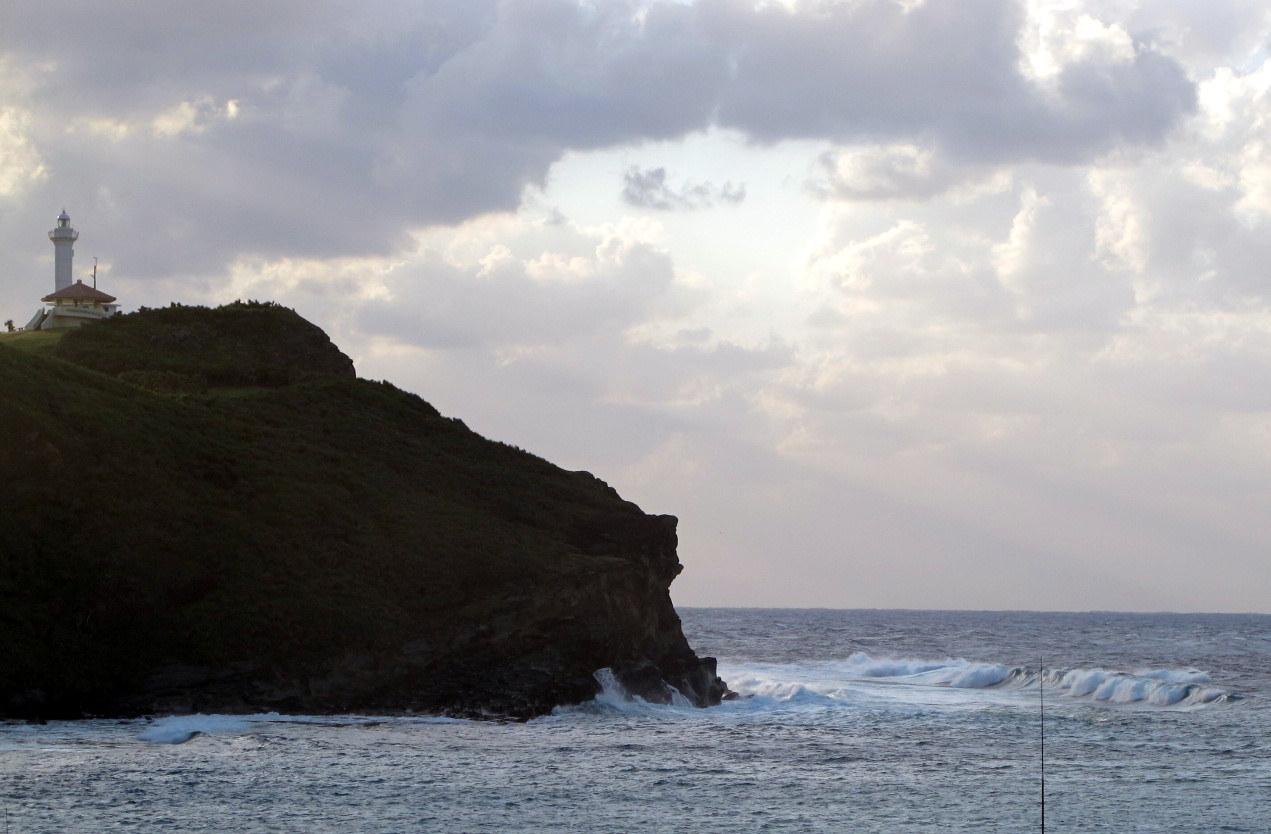 10月16日  台風26号は関東を北上_b0158746_22143381.jpg