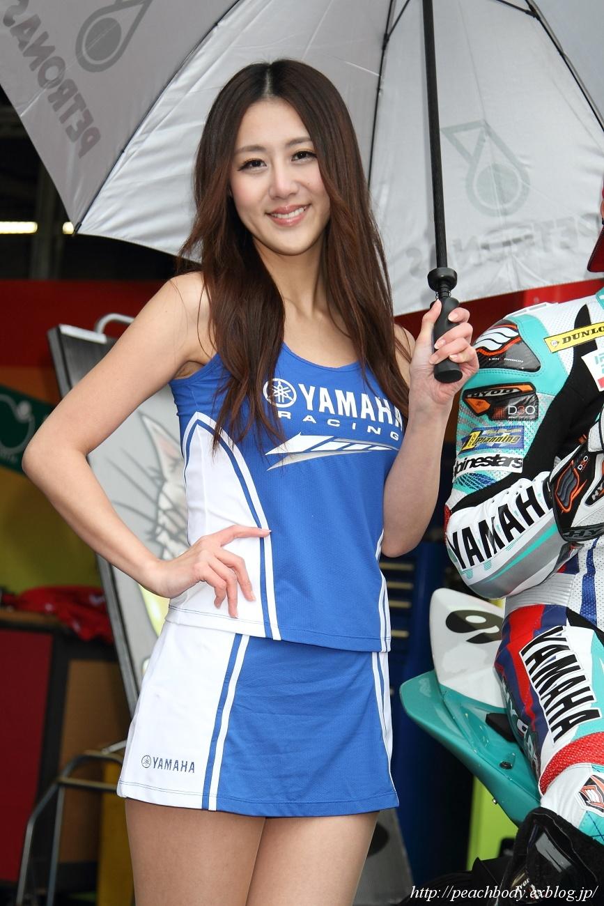 松田玲奈 さん(Petronas HLYM レースクイーン)_c0215885_22161546.jpg