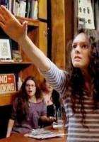 NYのカフェで映画「キャリー」(Carrie)の怖すぎる超能力サプライズ_b0007805_10404531.jpg