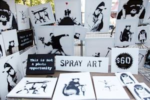 NYの街角でBanksy(バンクシー)さんがアート・プロジェクト展開中_b0007805_107378.jpg