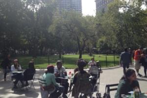NYの公園に展示中の「人とアートと自然」を表現したパブリック・アート Ideas of Stone_b0007805_21461889.jpg