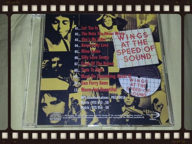 WINGS AT THE SPEED OF SOUND UK ORIGINAL LP_b0042308_03426.jpg
