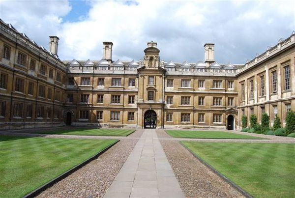 「ケンブリッジ大学」の画像検索結果