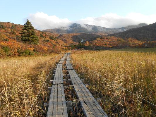 秋の栗駒山登山と 絶景かな栗駒山荘 その1_c0261447_22372126.jpg