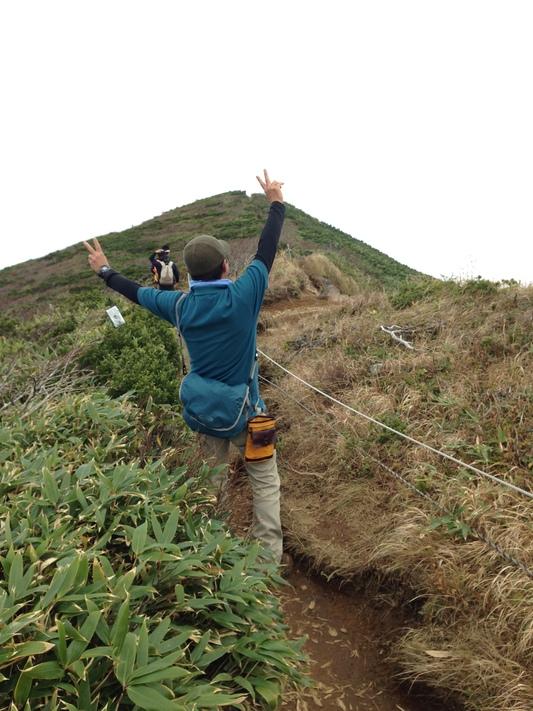 秋の栗駒山登山と 絶景かな栗駒山荘 その1_c0261447_2321430.jpg