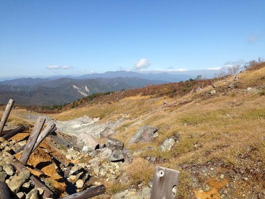 秋の栗駒山登山と 絶景かな栗駒山荘 その1_c0261447_2331850.jpg