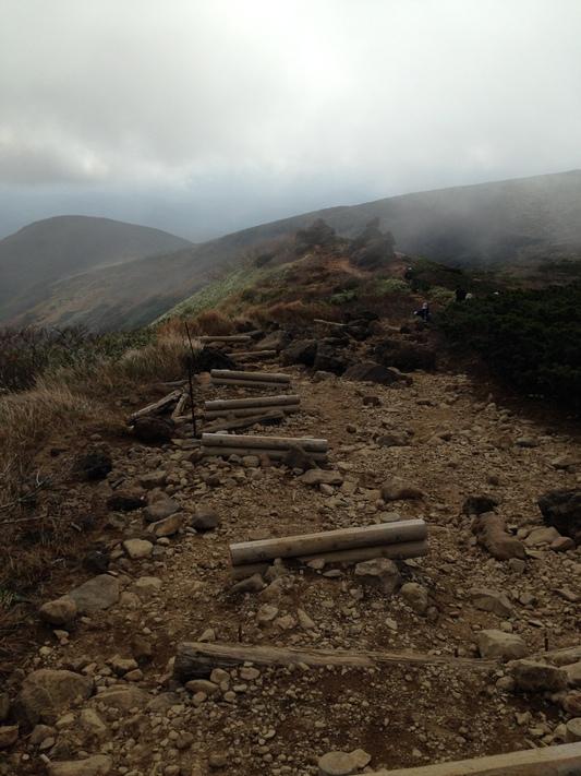 秋の栗駒山登山と 絶景かな栗駒山荘 その1_c0261447_2373833.jpg