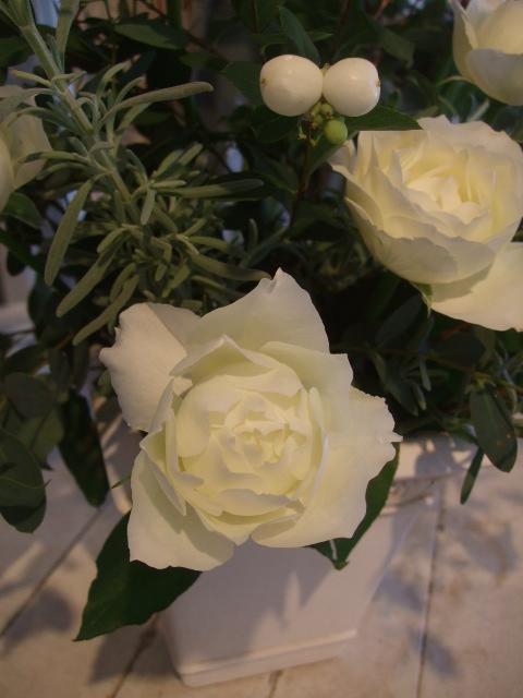 オークリーフ花の教室(北条さんと根本さんの作品)_f0049672_17121391.jpg