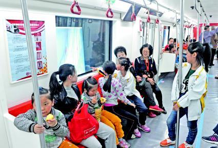 冬は零下30度のまち、ハルビン(黒龍江省)の地下鉄が開通しました_b0235153_9454381.jpg
