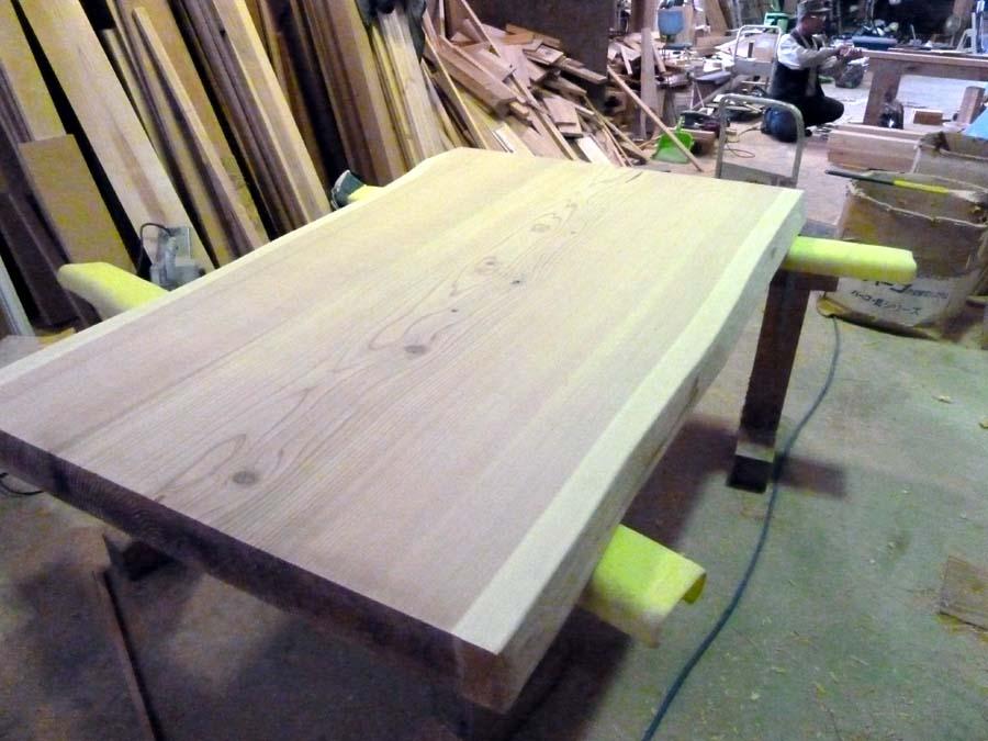 テーブル造り_f0150893_18171799.jpg