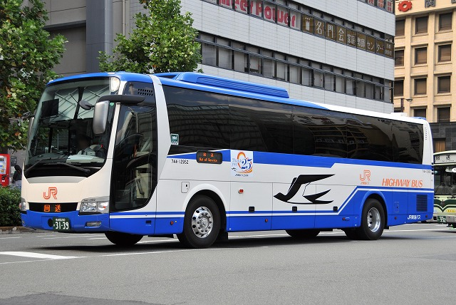 JR東海バス~エアロエース  744-12952~_a0164734_17142312.jpg