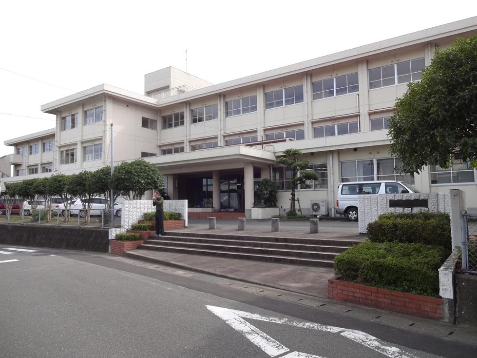 佐賀県鳥栖市の4つの中学校を訪問_c0162404_0511980.jpg