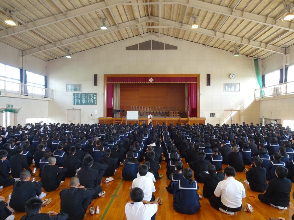 佐賀県鳥栖市の4つの中学校を訪問_c0162404_055018.jpg