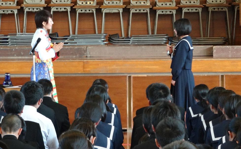 佐賀県鳥栖市の4つの中学校を訪問_c0162404_0565593.jpg