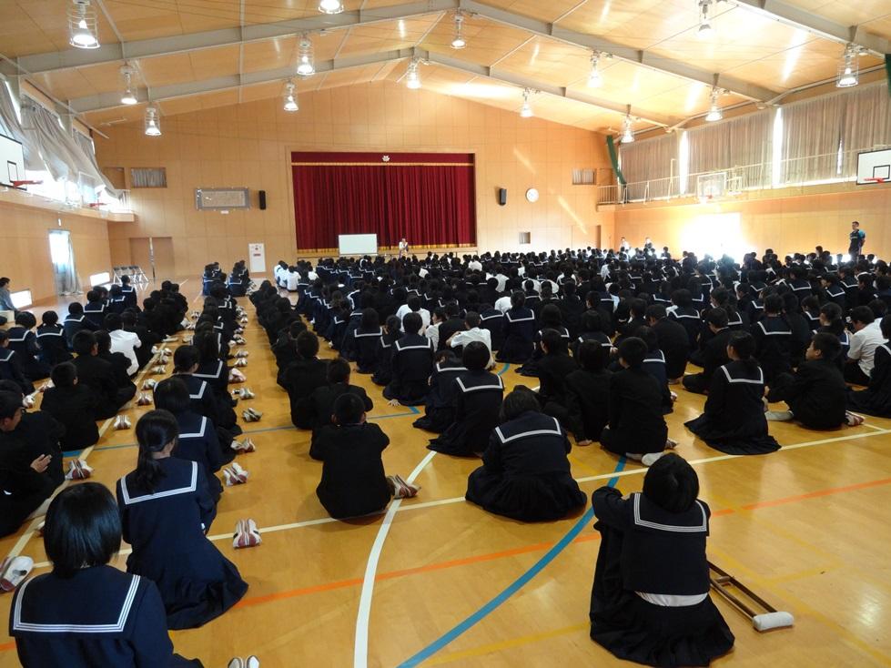 佐賀県鳥栖市の4つの中学校を訪問_c0162404_1154233.jpg