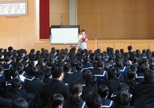 佐賀県鳥栖市の4つの中学校を訪問_c0162404_124073.jpg