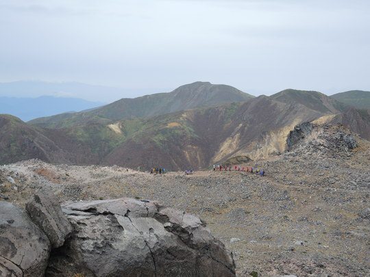 茶臼岳から南月山_e0232277_11484772.jpg