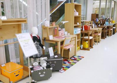 そごう横浜店でファイバーボックス展示しています_b0087378_1482739.jpg