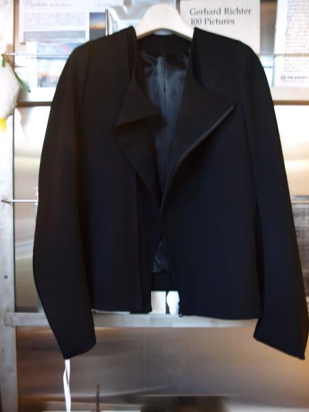 ファッションの本質を探るワークショップ その4 自分の中の何かが変化するような服_e0122680_14154110.jpg