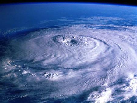 台風、ハリケーン、サイクロン_f0172281_6325978.jpg