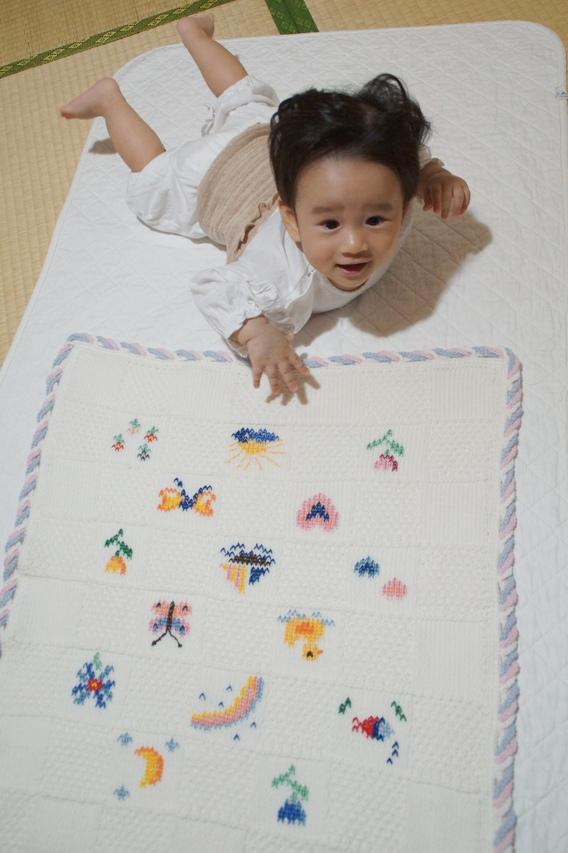 パリ在住ローマ生まれ・育ちのソニアからあかちゃんに彼女発案・彼女のお母さん手作りの素敵な贈り物_f0006713_22522643.jpg